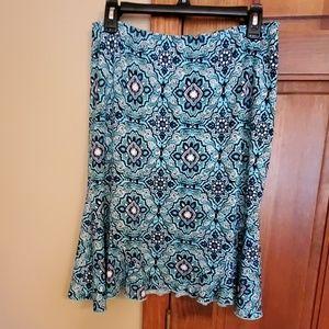 George stretchy skirt. Size Medium.